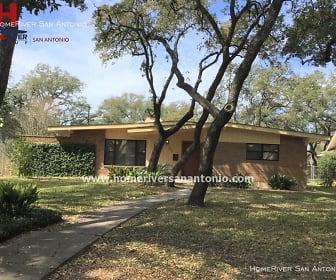 7111 Poniente Ln, Alamo Heights High School, San Antonio, TX