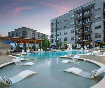 Pool, Newest Community- Newbergh ATL