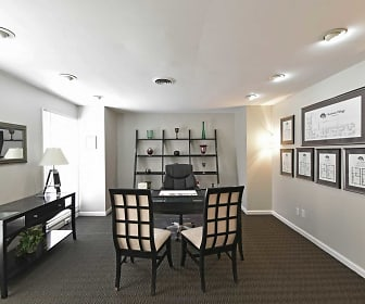 Leasing Office, Chatham Village