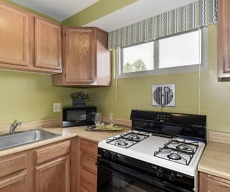 Kitchen, Barclay Square Apartments