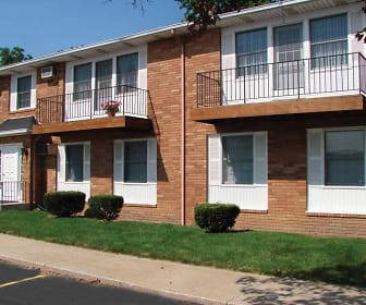 Eastown Villa Apartments, Nappanee, IN