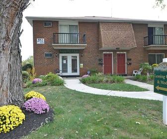 Franklin Arms Apartments, Mercerville Elementary School, Hamilton, NJ