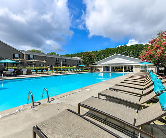 Pool, Carlyle of Sandy Springs