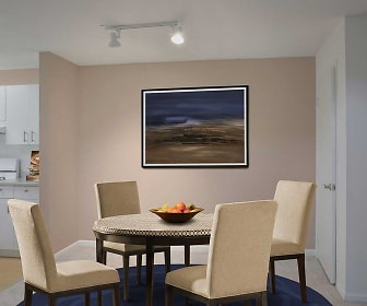 Dining Room, Avalon Commons