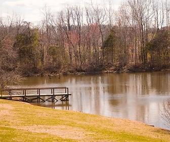Lake, Huntingwood