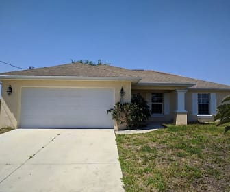 3000 56th ST W, Fort Myers Shores, FL