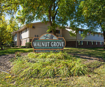 Walnut Grove Apartments, Sunset Heights, Waukesha, WI