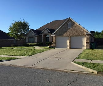 337 Stanley Drive, Aubrey, TX