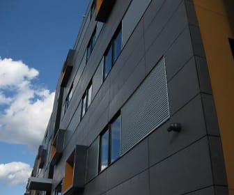 Skyline Apartments - Student Housing, Avenue of the Arts North, Philadelphia, PA
