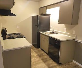 French Quarters Apartments, Patrick Henry, Tulsa, OK