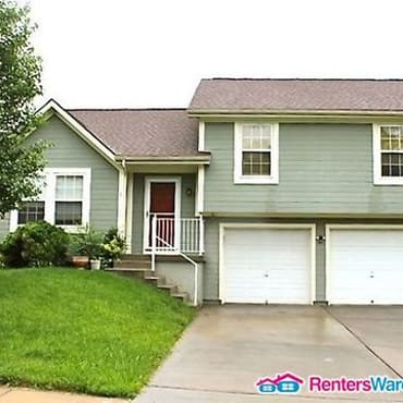 Nice 3 bedroom home in the northland apartments kansas - 3 bedroom apartments kansas city ...