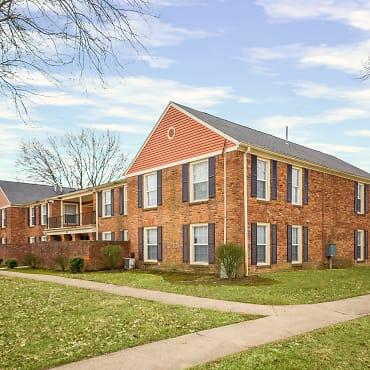 Williamsburg of Cincinnati Apartments - Cincinnati, OH 45215