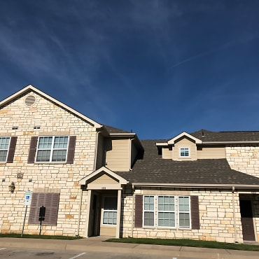 Riverstone Trails Apartments - Sunnyvale, TX 75182