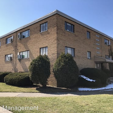 7307 Brookside Dr Apartments - Brooklyn, OH 44144