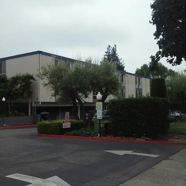 West Park Apartments - San Jose, CA 95117