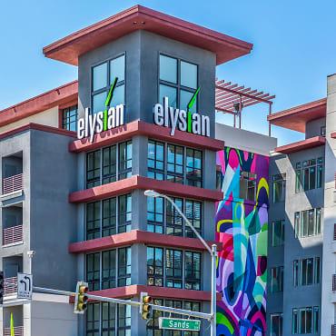 Apartments For Rent In Las Vegas Nv 1741 Rentals Apartmentguide Com