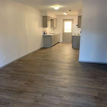 140 7th St SW Apartments - Paris, TX 75460