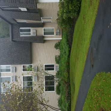 Underhill Crossing Apartments - Yorktown Heights, NY 10598