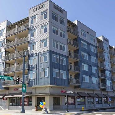 Elan Redmond Town Center Apartments Redmond Wa 98052