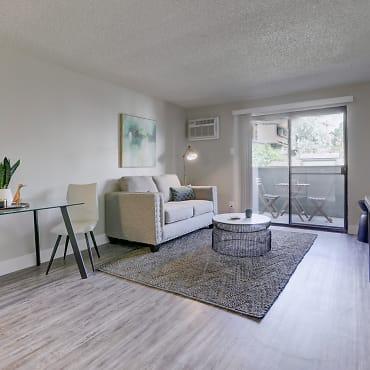 Amazing East Denver Apartments For Rent 561 Apartments Denver Download Free Architecture Designs Ferenbritishbridgeorg