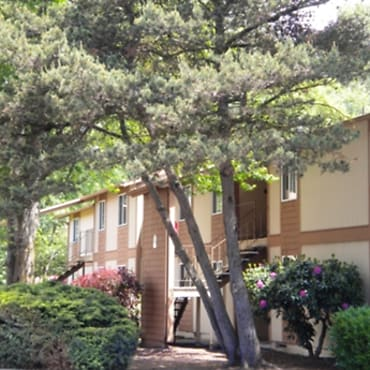 Fairways Apartments - Longview, WA 98632