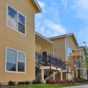 Foothill Commons Apartments - Bellevue, WA 98005