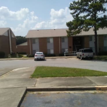 Hillandale Apartments - Columbia, SC 29203