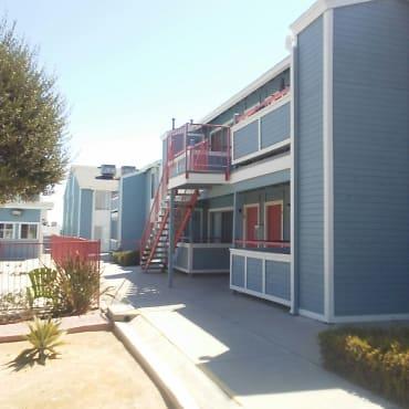 CREEKSIDE APTS Apartments - Taft, CA 93268