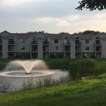 Byron Lakes Apartments - Byron Center, MI 49315