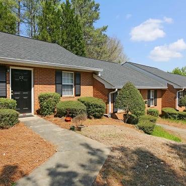 Cross Creek Apartments - Athens, GA 30605