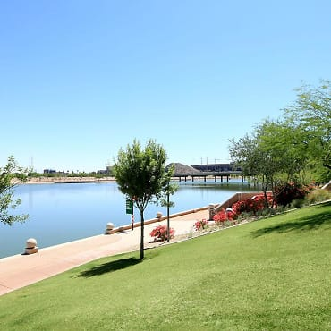 Ten01 on the Lake Apartments - Tempe, AZ 85281