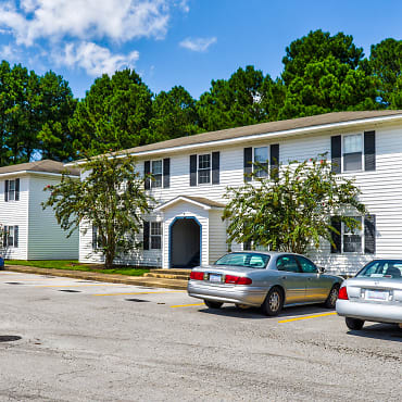 Holiday City Apartments Jacksonville Nc 28546