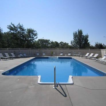 Somerset Apartments - Lincoln, NE 68506