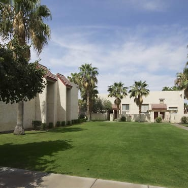 Townhomes On The Park Apartments - Phoenix, AZ 85032