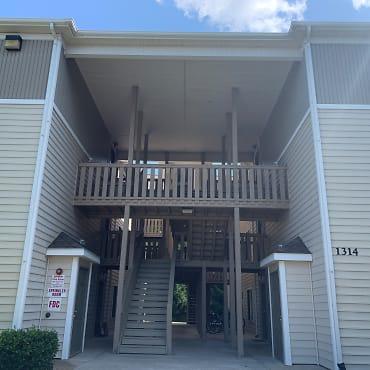 Collegiate Suites Apartments Blacksburg Va 24060
