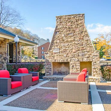 Bellevue West Apartments - Nashville, TN 37209