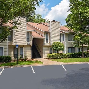 Apartments For Rent In Stone Mountain Ga 60 Rentals Apartmentguide Com