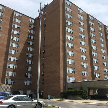 Santa Fe Tower Apartments - Overland Park, KS 66204