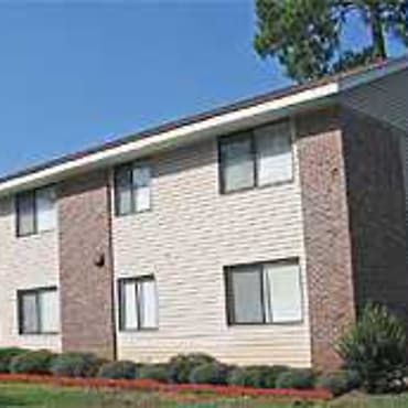 Valley Pines Apartments - Fort Valley, GA 31030