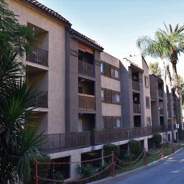 Lofts for Rent in Los Angeles, CA | ApartmentGuide com