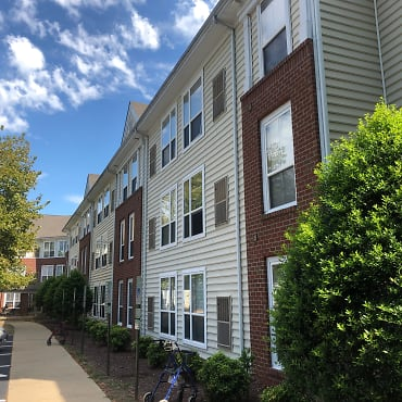 Rockwood Village Apartments - Midlothian, VA 23112