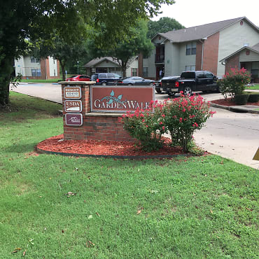 Garden Walk Apartments - Alma, AR 72921