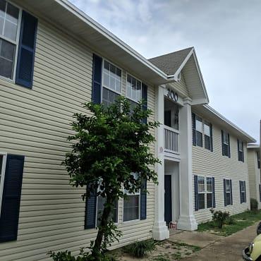 Redwood Apartments - Niceville, FL 32578