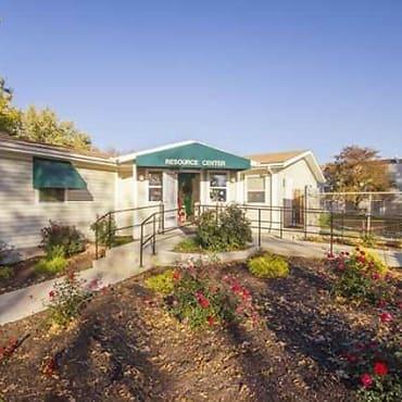 Parvin Estates Apartments - Kansas City, MO 64117