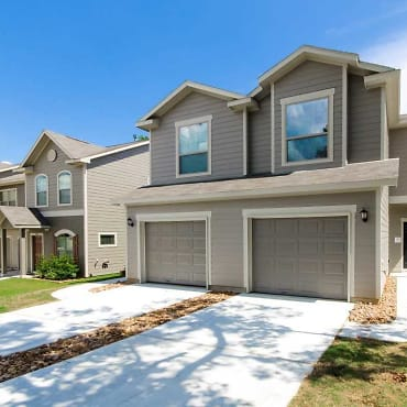 The Townhomes Of Woodgate Apartments - Conroe, TX 77303