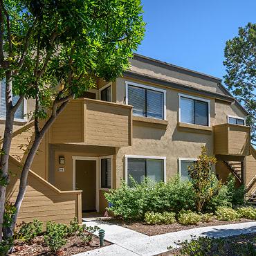 Woodbridge Apartments - Irvine, CA 92604