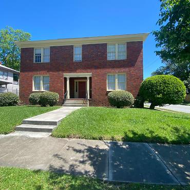 660 E. 40th St #D Apartments - Savannah, GA 31401