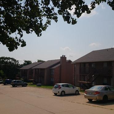 Summit Parke Apartments - Edmond, OK 73034