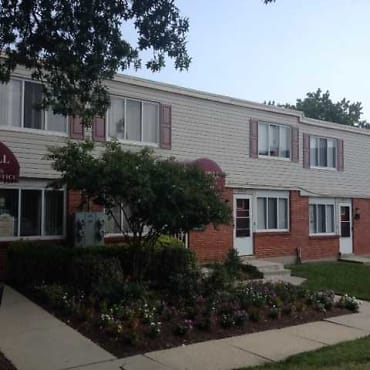 Oak Hill Townhomes Apartments - Baltimore, MD 21218