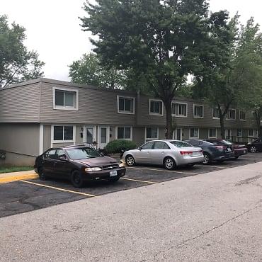 Riverside Townhouses Apartments - Riverside, MO 64150